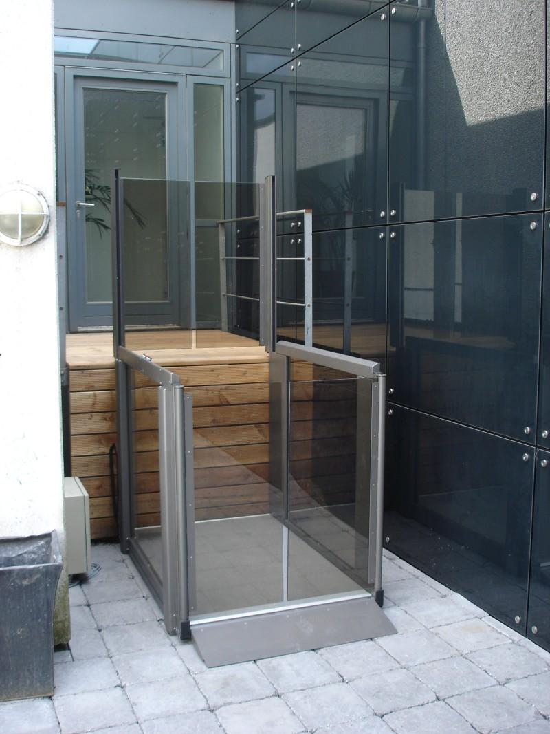Piattaforme per disabili - Ascensori da casa prezzi ...